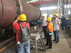 Indonesian Customers Are Visiting the Waste To Oil Plant Production Line